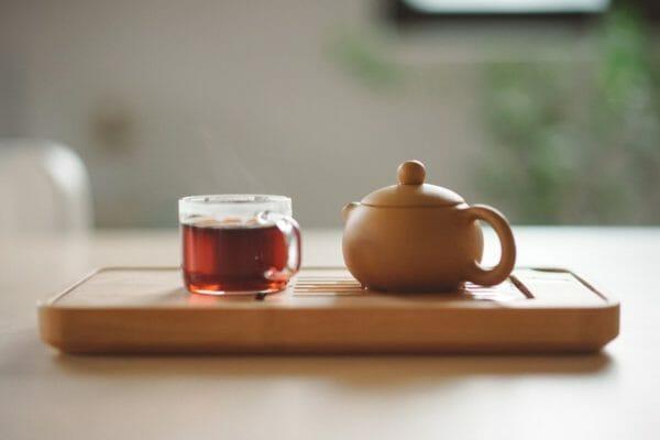 お茶に含まれるタンニンのイメージ