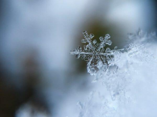寒い冬にキムチ鍋が食べたくなる際の寒い冬のイメージ